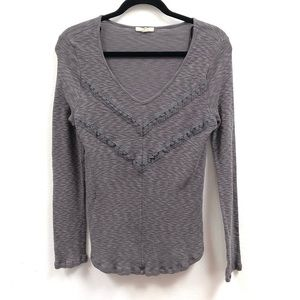 Pleione gray v neck long sleeve lace detail Med